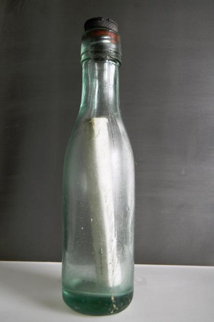 Správa vo fľaši